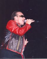 19313Bono_-_Love_and_Peace_-_Key_Arena_4_25_05.jpg