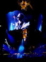 U2-blue-screen.jpg