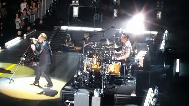 on stage zoom.jpg